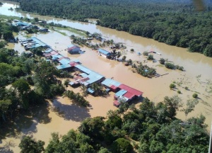 sarawak_flood_longpanai_bombatwitter