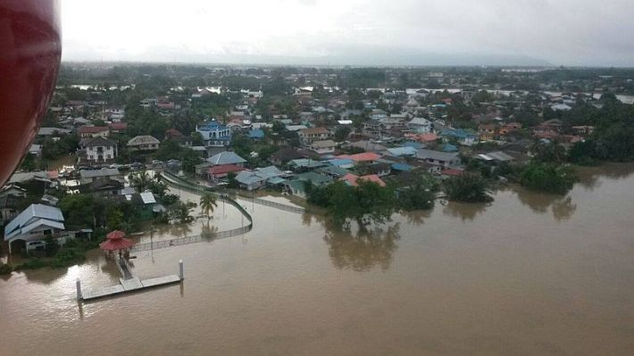 Kuching_flood3_190115
